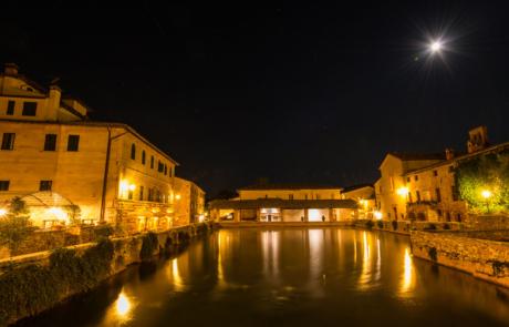 Bagno Vignoni avondfotografie nachtfoto