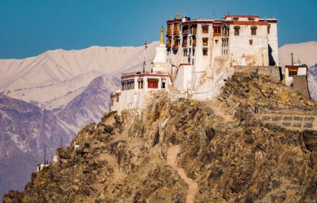 Klooster Ladakh Bergen Witte Toppen