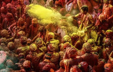 Holi Festival Kathmandu Kleurrijke poeders verf